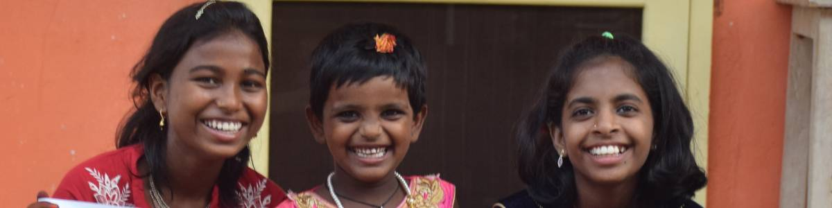 Give a meal to girls in a children Home