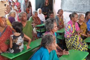 Donate for Mid Day Meal Program to Destitute Old Age Persons