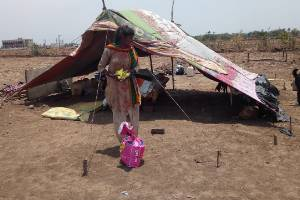 The Plight of Inter-state Migrants -  # Help Karo Na