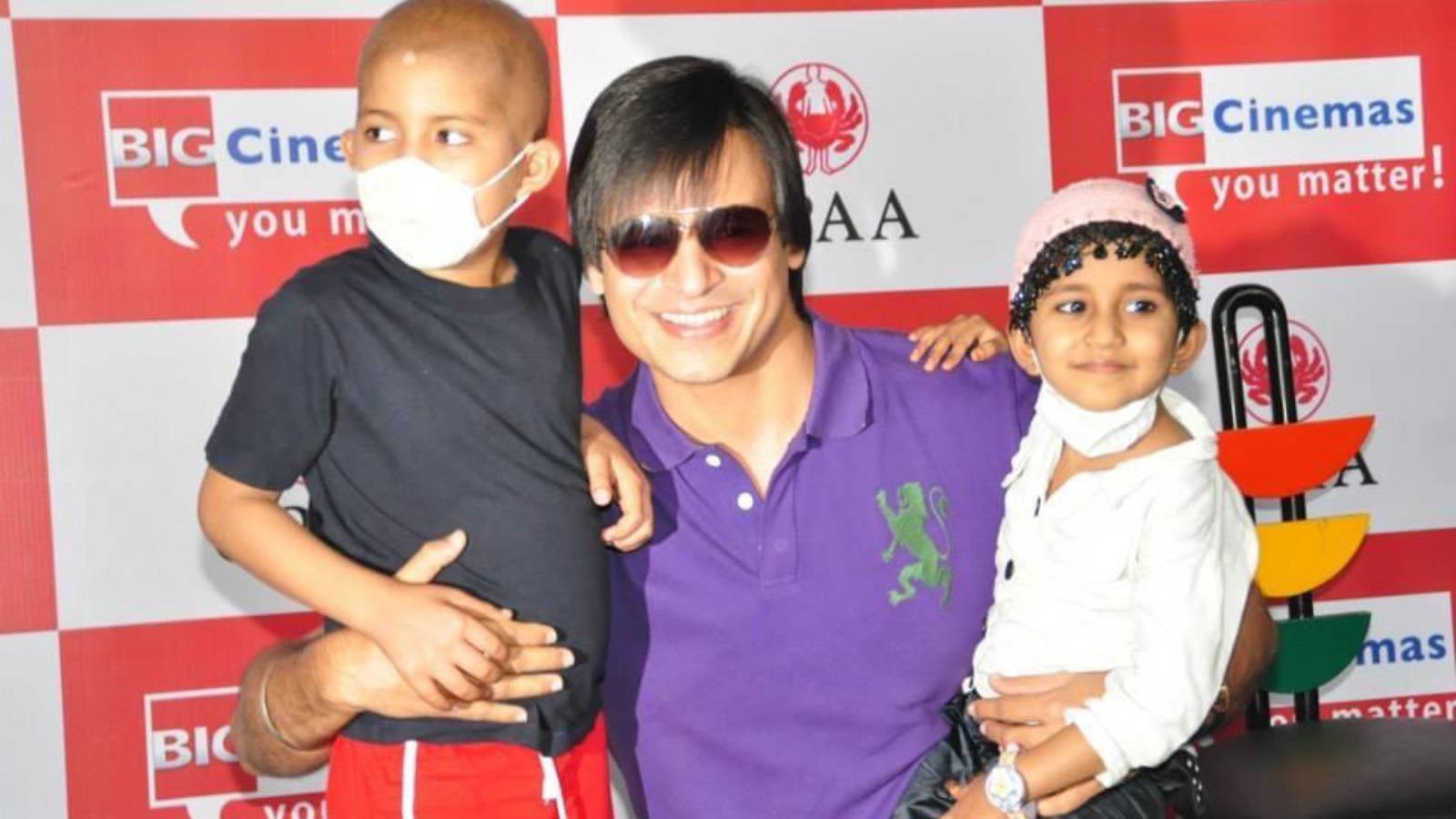 Vivek Oberoi with underprivileged kids battling cancer at our annual celeb M&G event